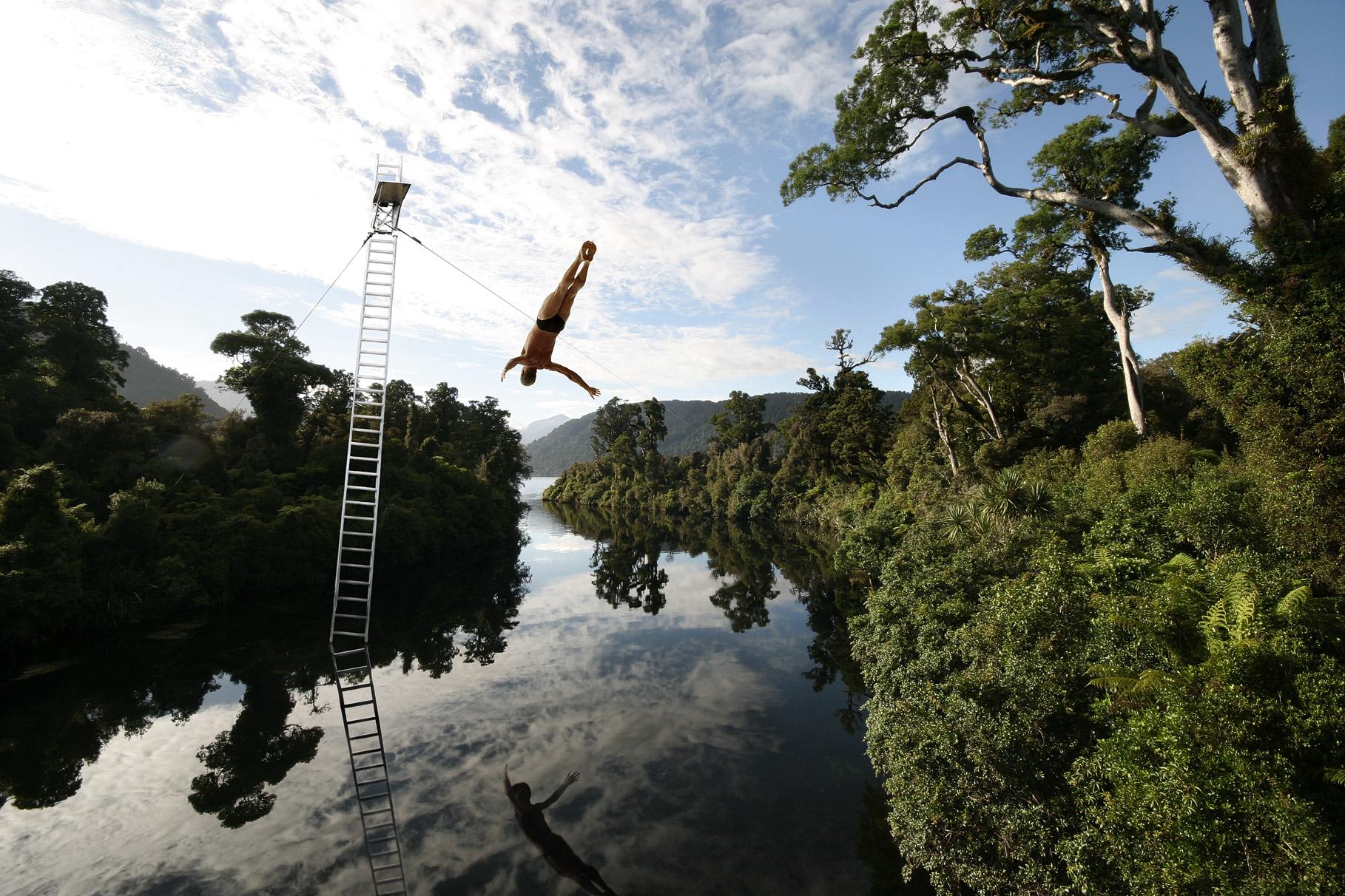 01_high-diving